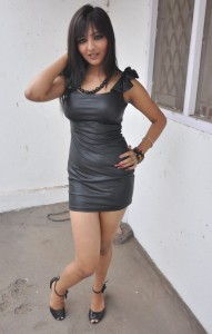Actress Khushi Mukherjee Hot Thighs Show Pictures