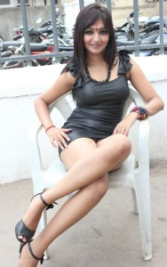 Actress Khushi Mukherjee Hot Thighs Show Photos