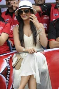 Actress Parul Yadav Hot Photos At CCL Match 4