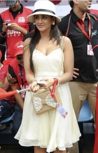 Actress Parul Yadav Hot Photos At CCL Match 6
