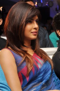 Actress Priyanka Chopra Latest Sexy Saree Pictures Gallery 5