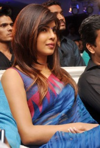 Actress Priyanka Chopra Latest Sexy Saree Pictures Gallery 6