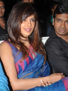Actress Priyanka Chopra Latest Sexy Saree Pictures Gallery 9