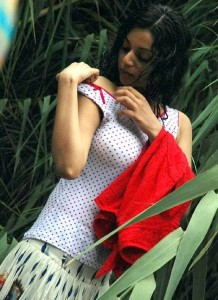 Actress Sanam Shetty Hot Sexy Images Gallery