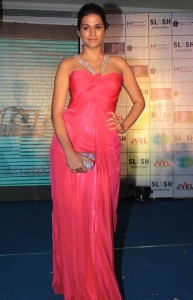 Actress Shraddha Das Latest Sexy Images Gallery 3
