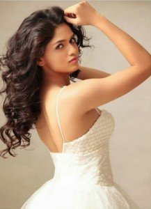 Actress Sunaina Sexy Photoshoot Photos 4