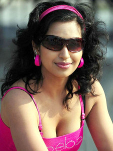 Kannada Actress Teertha Hot Cleavage Show Images