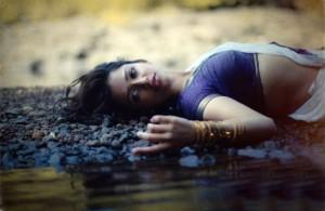 Anaika Soti Hot Photoshoot Photos in Half Saree 8