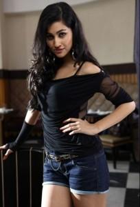 Anjali Lavania Hot Pics in Panjaa Movie
