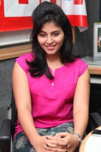 Anjali Sexy Photos At BIG FM 92.7 For Masala Movie Promotion 1