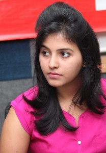 Anjali Sexy Photos At BIG FM 92.7 For Masala Movie Promotion 4