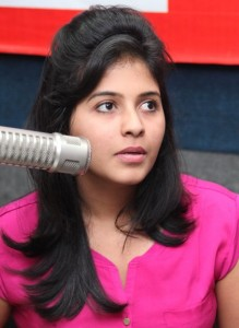 Anjali Sexy Images At BIG FM 92.7 For Masala Movie Promotion