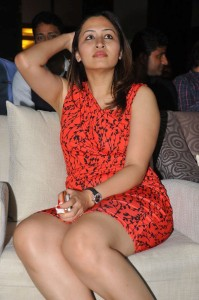 Jwala Gutta Hot Photos At TSR Crescent Cricket Cup 2013 Curtain Raiser 6