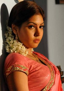 Komal Jha Latest Hot Photos Gallery in Saree 1