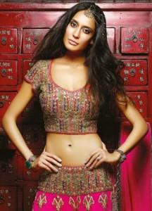 Lisa Haydon Sexy Photoshoot For Noblesse Magazine November 2013 (1)