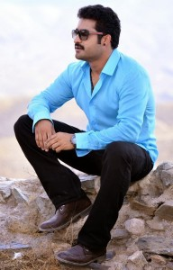 NTR Ramayya Vastavayya Movie Latest Stills Gallery 15