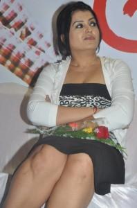 Sexy Actress Sona Hot Photos At Meiyyazhagi Movie Trailer Launch