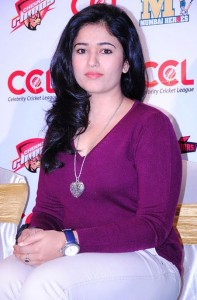 Tamil Actress Poonam Bajwa Sexy Photos Gallery 1
