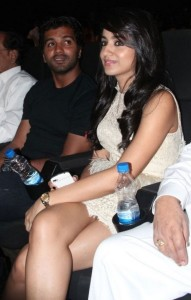 Trisha Hot Photos At Endrendrum Punnagai Movie Audio Launch 7