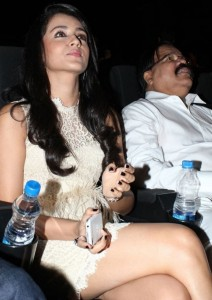 Trisha Hot Photos At Endrendrum Punnagai Movie Audio Launch 8