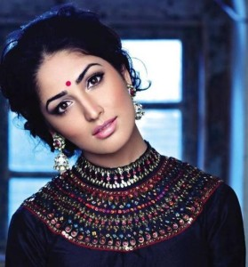 Yami Gautam Photoshoot For Hello India Magazine November 2013 (4)