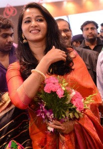 Anushka Kalamandir Showroom Launch Photos 4