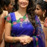 Kriti Kharbanda Kalamandir Showroom Launch Pictures