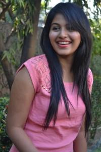 Anjali Cute Photos At Settai Movie Press Meet 3