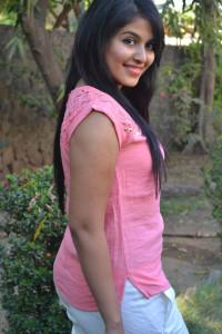 Anjali Cute Photos At Settai Movie Press Meet 6