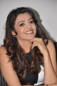 Kajal Agarwal Latest Photos At Yevadu Movie Interview 4