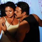 Nayanthara Hot Cleavage Photos in Tulasi Movie
