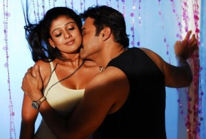 Nayanthara Hot Cleavage Photos in Tulasi Movie 2
