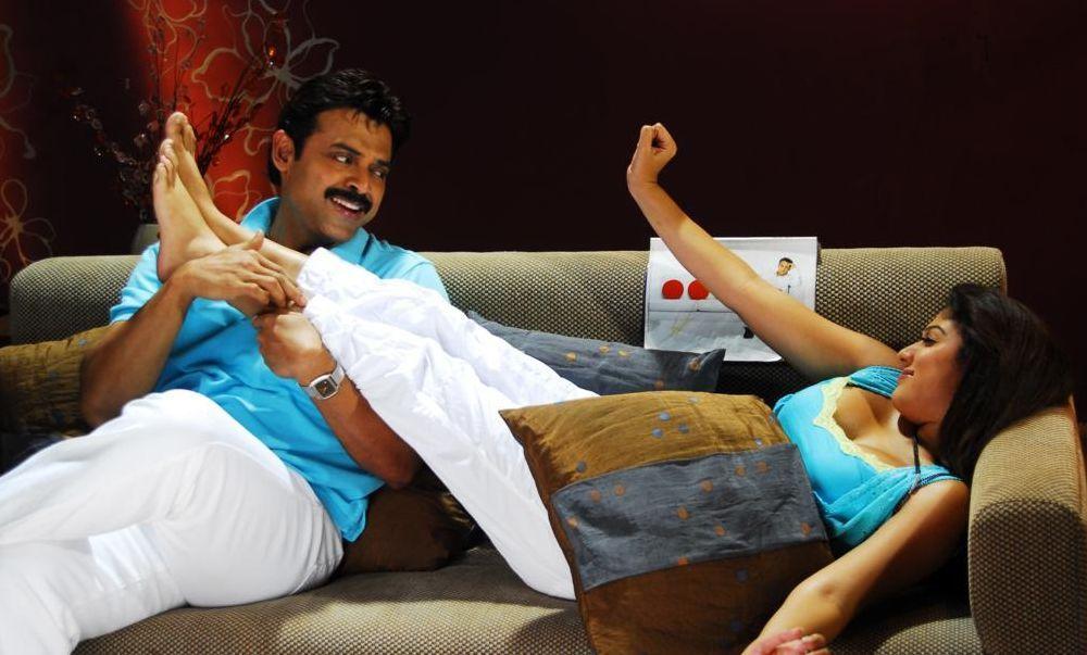 nayanthara hot cleavage photos in tulasi movie � movie