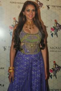 Aditi Rao Spicy Stills At Retail Jeweller India Trendsetters 2014 Show
