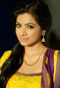 Aishwarya Menon Hot Sexy Photoshoot Photos 8