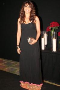Bipasha Basu Cute Smiling Stills At Deepika Padukone Success Bash