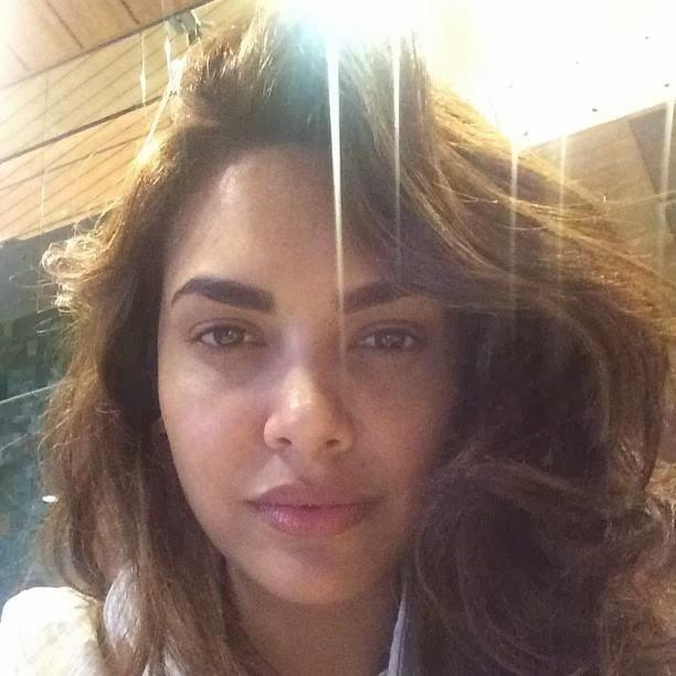 Esha Gupta Without Makeup Photos – Movie Photos Gallery Naan Sigappu Manithan Tamil Movie