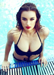 Evelyn Sharma Hot Spicy Photos in Black Bikini