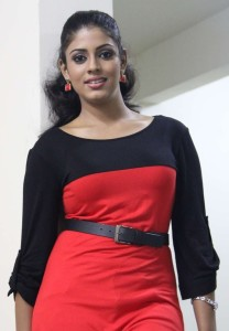 Actress Iniya Cute Photo Gallery