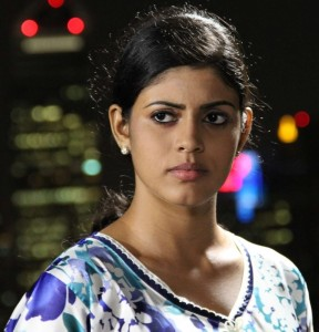 Iniya Photos From Kan Pesum Vaarthaigal Movie 5