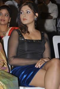 Madhu Shalini Thighs Show Images