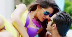 Nargis Fakhri Hot Bikini Photos in Main Tera Hero Movie 3