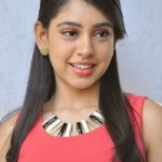 Niti Taylor Latest Cute Photos in Jeans