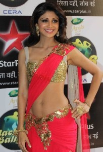 Shilpa Shetty Hot Navel Show Photos At Nach Baliye 6 Grand Finale 1