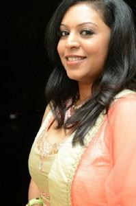 Singer Madhoo New Pictures in Salwar Kameez