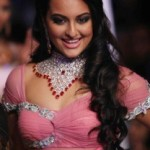 Sonakshi Sinha Ramp Walk Photos in Pink Dress