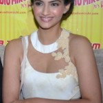 Sonam Kapoor Photos At Raanjhanaa Movie Audio Launch