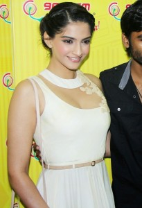 Sonam Kapoor Photos At Raanjhanaa Movie Audio Launch 10