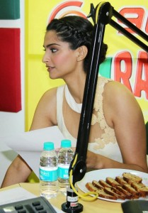 Sonam Kapoor Photos At Raanjhanaa Movie Audio Launch 6