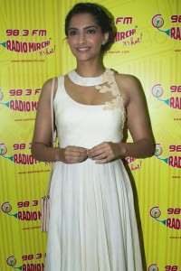 Sonam Kapoor Photos At Raanjhanaa Movie Audio Launch 7